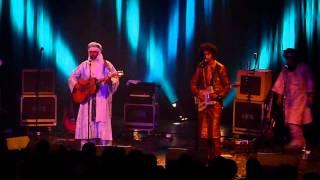 """Tinariwen """"Tahalamot"""" live @ Trianon Paris 2014"""