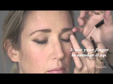 How to Do The One-Minute Smoky Eye
