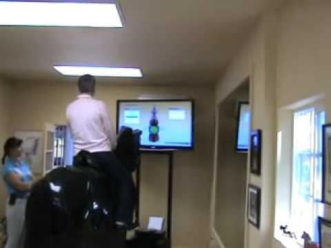 simulateur electronic pour apprendre a monter a cheval youtube. Black Bedroom Furniture Sets. Home Design Ideas