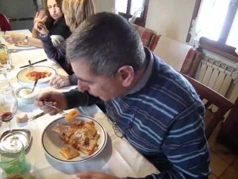 il ragù napoletano quarta parte: domenica, il pranzo