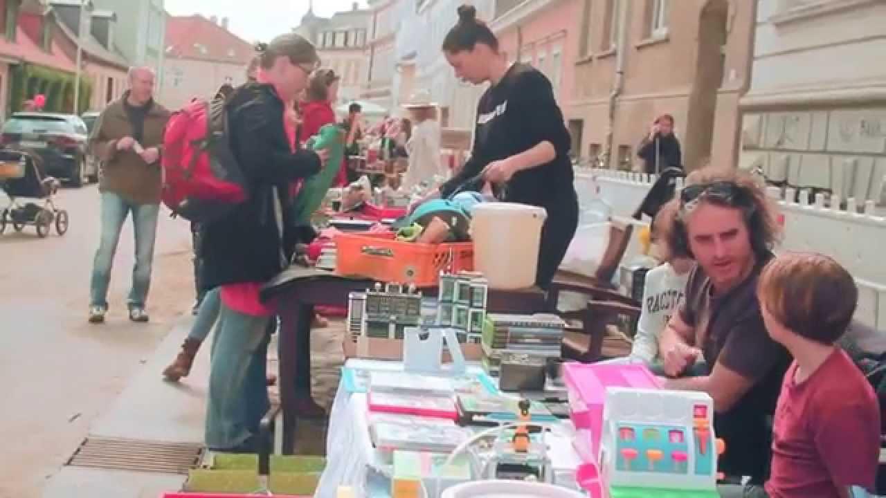 Fleischervorstadt-Flohmarkt 2015 - YouTube