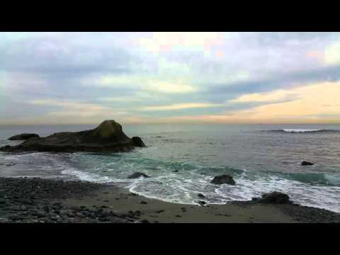 California Life - Dana Point State Marine Observation Area, CA  (Relaxing Waves and Beach Sounds.)