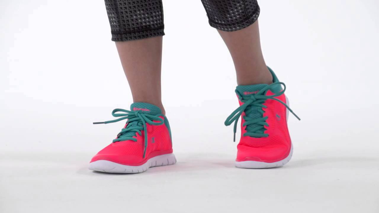 c3ae314ce97916 Champion Women s Gusto Runner - YouTube