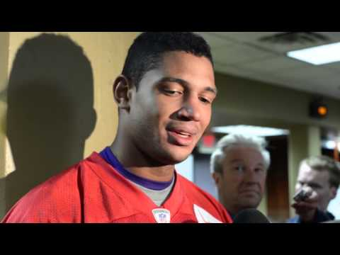 Video: Josh Freeman gets the start against Giants