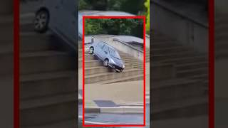 Incidenti divertenti auto