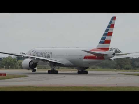 Aeropuerto Internacional de Carrasco AA907 American Airlines B772 N765AN