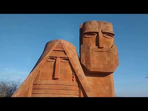 вечный Символ #Арцаха (#бабушка и #дедушка) мы наши горы