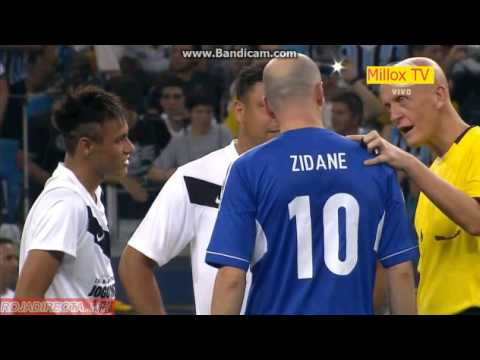Ronaldo vs Zidane R.Carlos Neymar Cafu Dida Bebeto 20/12/2012