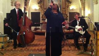 New Orleans Delight featuring Marilyn Keller: Amazing Grace