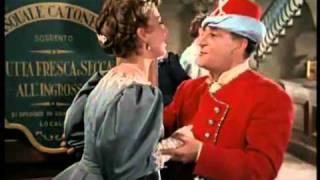 Totò - 1953 - Un Turco Napoletano - ''ah come è buona lei''.flv