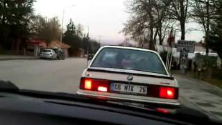 BMW'ler yolda .