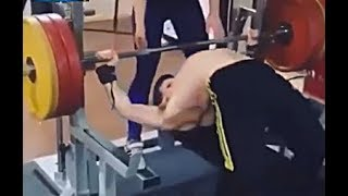 Funny and STUPID PEOPLE IN GYM FAIL COMPILATION