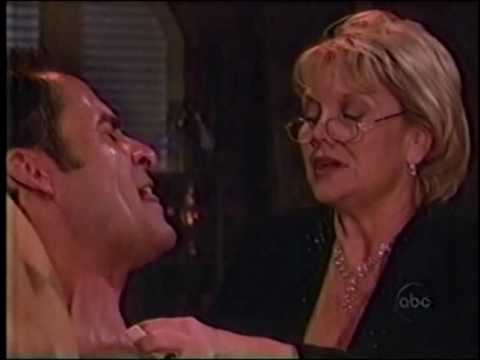 OLTL - Ben/Blondie: Removing the Bullet (03-23-1999)
