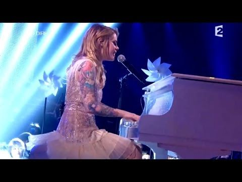 Cœur de pirate « Francis » Live HD 01.03.2011