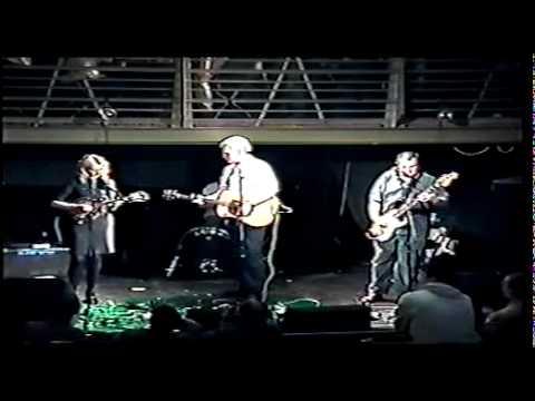 SAOIRSE Live in Glasgow / THIS LAND IS YOUR LAND / Pádraig Mór / Irish Rebel Music