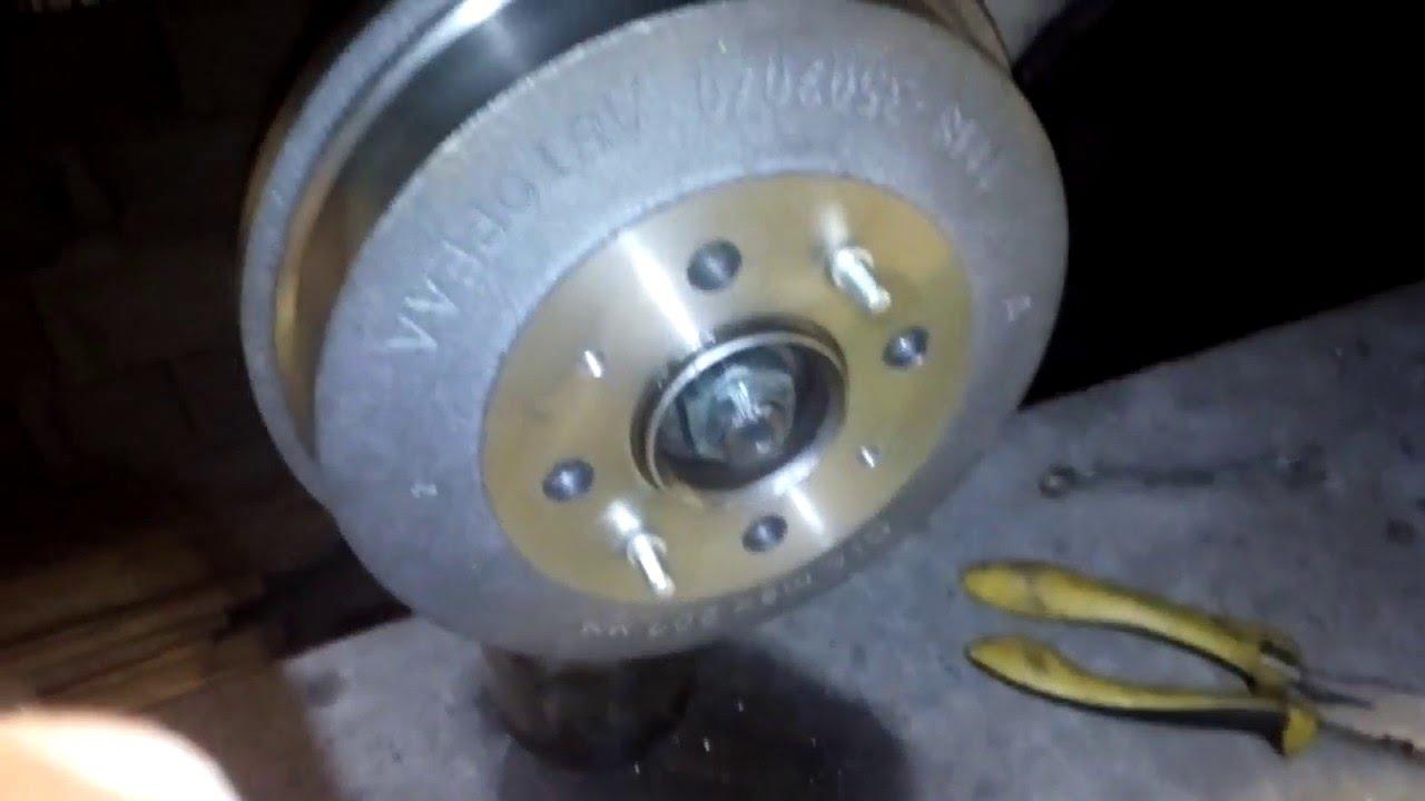 Передние тормозные диски на ВАЗ 2108 2109 21099 Brembo 08521110 .