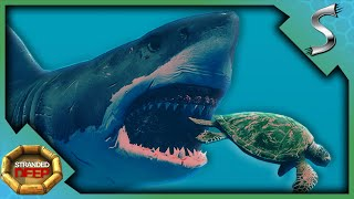 NEW SURVIVAL SERIES! M¥ PLANE CRASHED INTO SHARK INFESTED WATERS! - Stranded Deep [Survival E1]