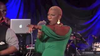 Sisaundra sings Go Get It (Go Get Your Blessing)