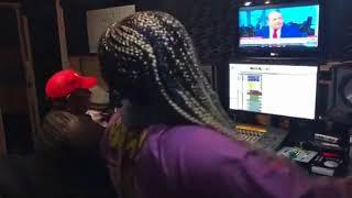 LIL MO Remix of NICKI MINAJ'S 'CHUN LI' - Feeling It? [VIDEO]