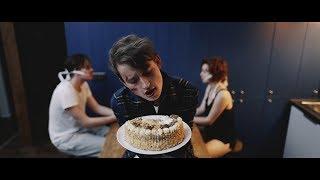 BRIXTN - Pohledy, doteky a hra (Official Video)