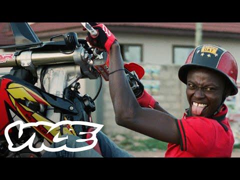the-daredevil-bikeriders-in-ghana