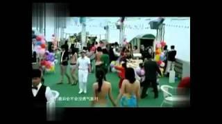 周韦彤半裸浴照曝光 波涛汹涌势不可挡! - YouTube.mp4
