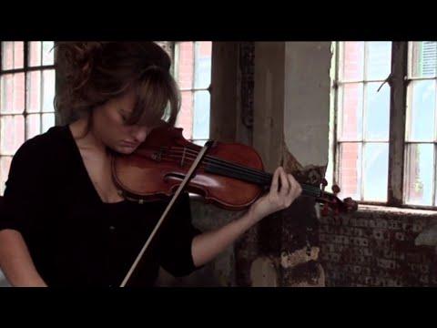 Nicola Benedetti - Interview/Sibelius Violin Concerto (Philharmonia Orchestra)