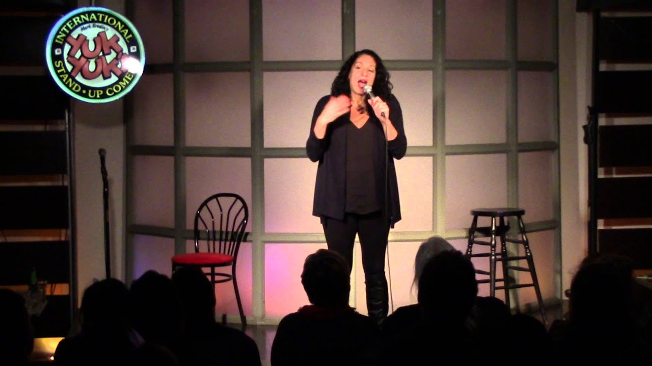 Eman El-husseini - Live Stand-Up Comedy - YouTube