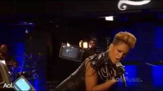 Rihanna - Rude Boy (Live At AOL Sessions) Official Music Video