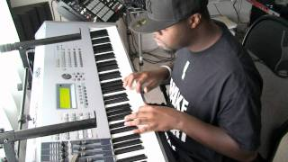 Mike Kalombo - Mike Kalombo makes 3 Beats in 2 Minutes 28 secs