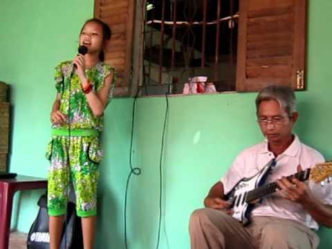 11 tuổi ca nhạc tài tử: XÀNG XÊ - Conhacvietnam.com