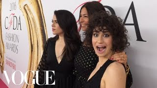 Broad City's Abbi Jacobson and Ilana Glazer Get Red Carpet–Ready With Rebecca Minkoff