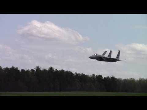 F-15-Incredible Low level flying and manuverability!!