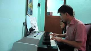 Đệm Đàn Organ Niềm Vui Của Em - Bé Thanh Tú