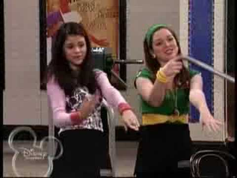 Wizards of Waverly place Funky Hat Song ~Lyrics~