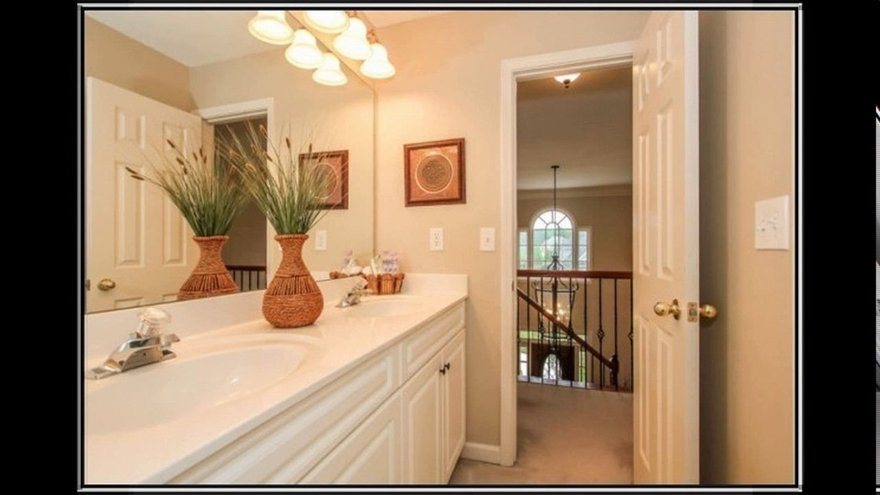 Jack and jill bathroom design youtube - Jack and jill style bathroom ...