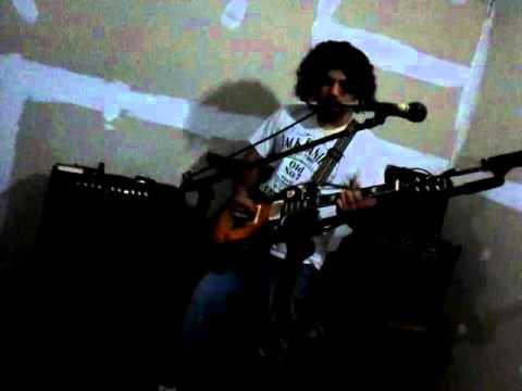 Chiflados Rock - Prejuicios (Ensayo)