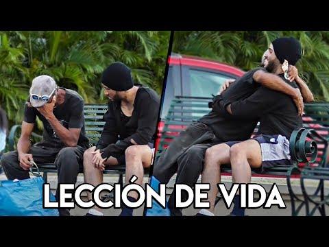 MENDIGO LE DA $600 A UN VAGABUNDO Y DEJA UNA LECCION  | Adolfo Lora