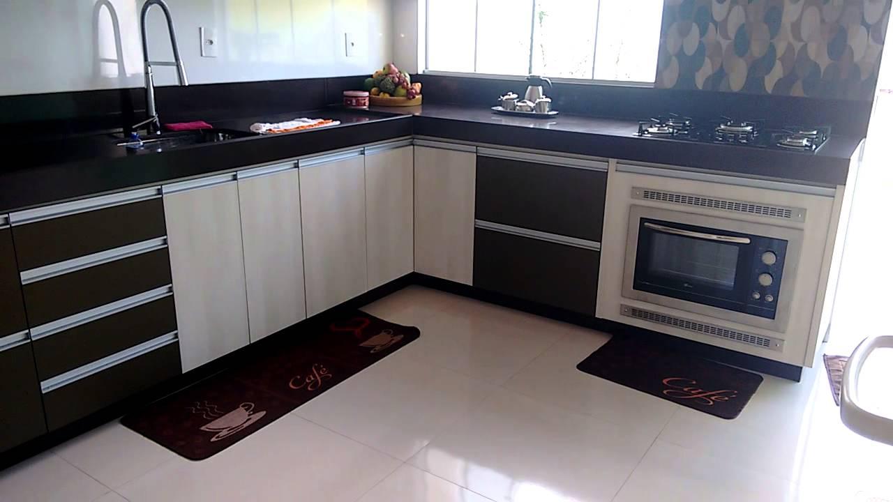Cozinhas Em Mdf Planejadas Cozinha Em Mdf Branco Detalhes Em Vidro