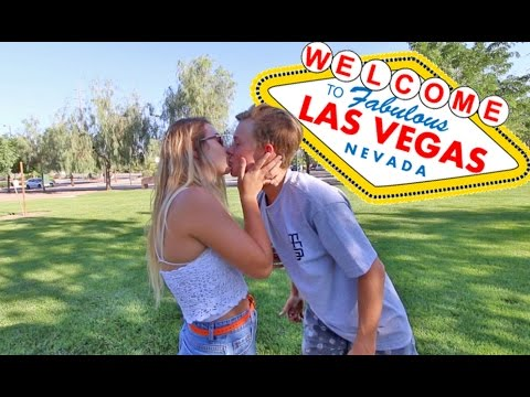 Thumbnail: VEGAS GIRLS DO IT BETTER!