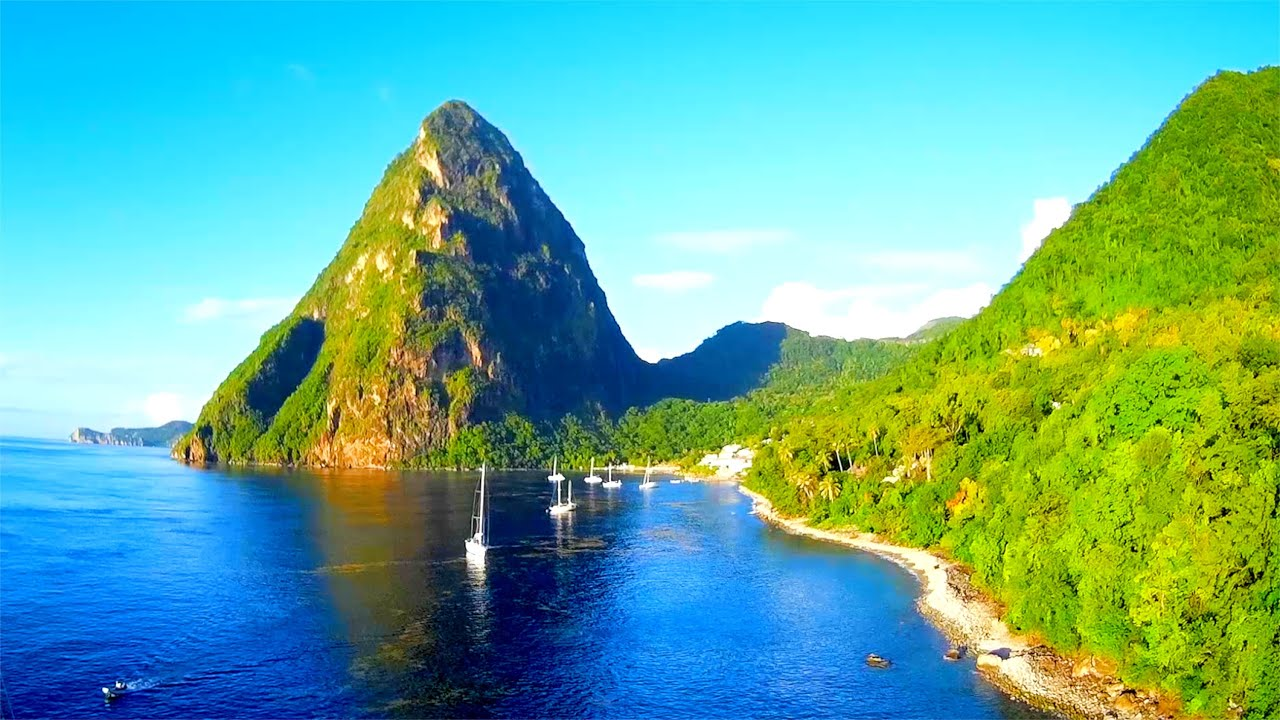 """St Lucia Caribbean: """"MARINER"""" Drone Footage Of 'Sophisticated Lady' At The"""