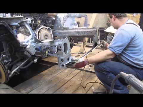 Subaru Impreza. The front reair of the car. Ремонт переда машины.