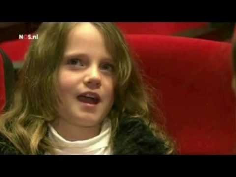 Amira Willighagen Part 2   end Nov 2013