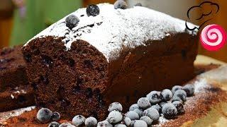 Шоколадный кекс с замороженной смородиной