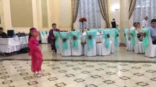 Индийский танец Детский танец Попури индийский Аяулым 6 лет 😇