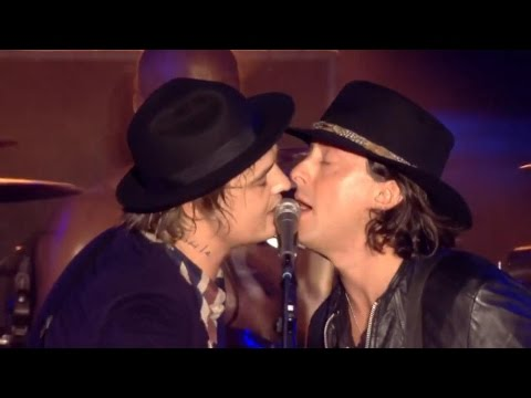The Libertines - Music When The Lights Go Out @ Reading Festival 2015