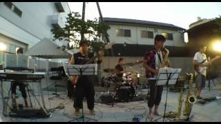 津山市を中心に活動しているバンドです。 天満屋アルネの地ビールフェス...