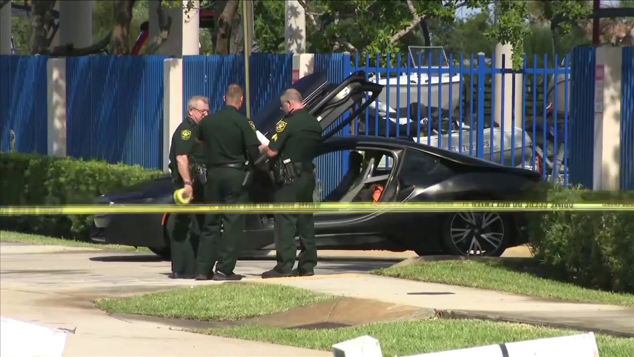 Rapper XXXTentacion killed in drive-by shooting