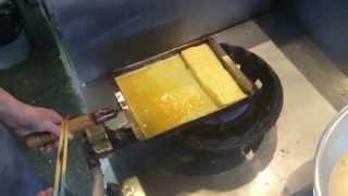 寿司屋のぎょくは、こう作る 〜 How to make Sushi rolled omelette.