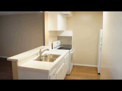 PL7243 - Modern Upper Studio Apartment For Lease!